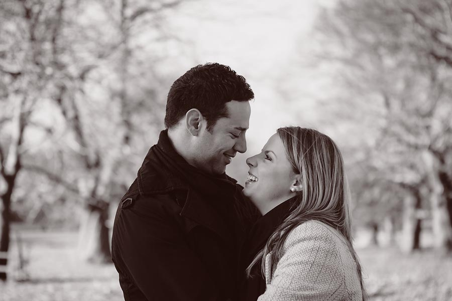 engagement-session-wollaton-park