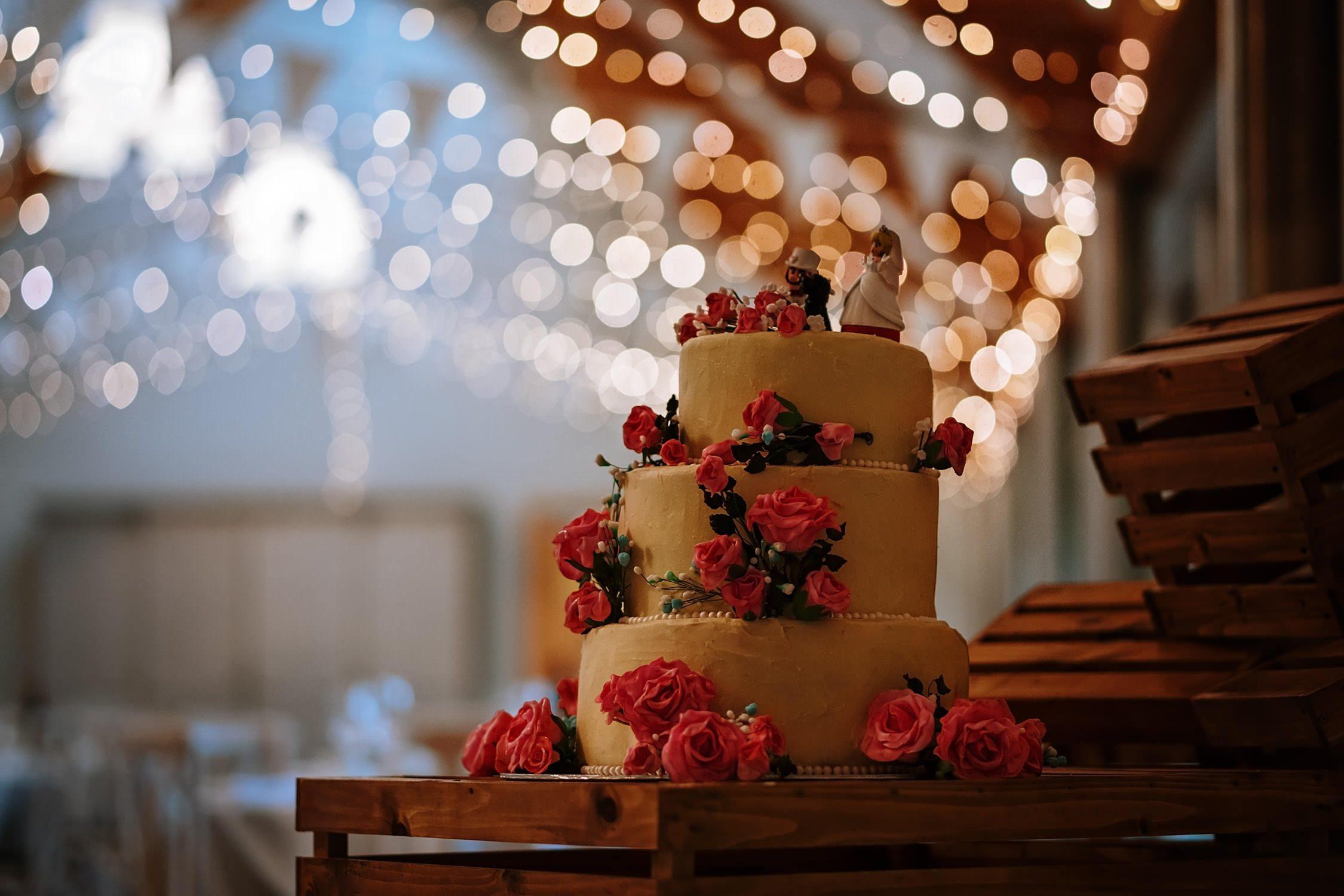 Wedding Details wedding cake